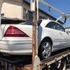 小金井市から車検の切れた故障車の外車をレッカー車で廃車の引き取りしました。