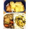 【弁当】肉じゃが、目玉焼き、冷凍からあげ、スーパー惣菜