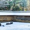 京都・衣笠 - 雪の龍安寺 方丈南庭