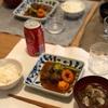 ごはん、煮込み肉団子とブロッコリーと人参、キノコのスープ、(おとな)レッドアイ
