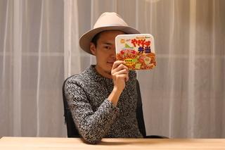北海道土産に「やきそば弁当」を買っていくと、けっこう喜ばれるのでオススメ