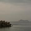 雨の函館漁港で…