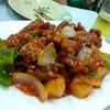 香港地元飯、大牌檔 :鶏の脚のおつまみ、酢豚と魚香茄子