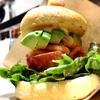 絶品なのはバウムクーヘンだけじゃない!「治一郎」カフェのハンバーガー!【吉祥寺パルコ】|治一郎カフェ
