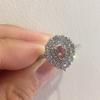 ペアシェイプと プリンセスカットのピンクダイヤモンドリング