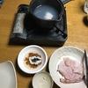 ハモの湯引きと洒落込んだ、こういうときは日本酒。