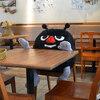 カフェなどのお店での席取り、何を置いておくべきか問題