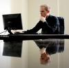 外資系金融では役職が高くて仕事がデキる人ほどメールの返信が早いということは当たり前!