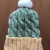 棒針編み  セリアの毛糸で編んだニット帽完成✨