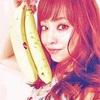 吉沢明歩 は大きめのバナナが大好き…