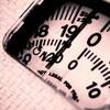 家での階段昇降運動と筋トレで、1年に10kg減!今もその体重をキープしています。