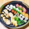 HKT48×出前館 「はじめてのデリバリー注文で2,000円オフ」キャンペーンでいただく寿司。