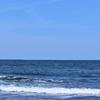 渚のサーフ物語。「空模様と心模様。大粒の雨のしずくに青色の海と乾いた潮風が恋しくもなる梅雨の頃」の巻。