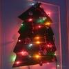 クリスマス【壁掛けXmasツリー】いたずら盛りの幼児でも安心!置き場も収納も困りません