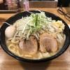 清勝丸次郎というがっつりメニューを夜11時に食べるという背徳感!!ニンニクパワー注入で明日もがっつり頑張ります!!