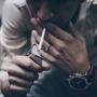 うつ病のときは無理にタバコをやめなくてもいい、だけどお酒はなるべく控えよう。