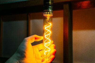白熱灯風LED電球で、お手軽に部屋のイメチェンをした!