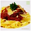 ビーフとラムのミートボール入りトマトソースの生パスタ|肉好きの為のお祝い料理2/3