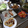 幸運な病のレシピ( 1422 )朝 :鶏のから揚げ、イカ焼き、鮭、ブリ味噌漬、イカ、トマト、味噌汁(モロヘイヤ)