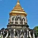 「ワット チェンマン(Wat Chiang Man)」~15頭のゾウで支えられている仏塔がある、チェンマイ最古の寺院!!
