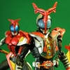 S.H.Figuarts仮面ライダーカブト ハイパーフォーム (真骨彫製法)
