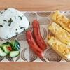 【朝ごはん】定番朝食おにぎりと卵焼きとウインナー