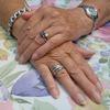 人差し指より薬指の長い人はアスリートの素質あり!ただし…