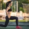 ランジにおける上体のポジション(女性における腰痛や下肢傷害において股関節伸展筋群のバランス不良が関連している)