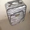 スーツケースを捨てました!