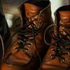 靴の重さを