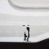 ベンツC200(リアバンパー)キズ・ヘコミ修理料金比較と写真