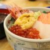 朝市の海鮮丼とタリーズのすいかスクイーズ♪