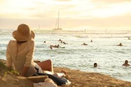 2回目以降のハワイはツアーでは勿体ない!? 個人手配の3つのメリットを解説!気軽に「海外旅行感」を楽しめるハワイは、自由度の高い個人手配旅行がオススメ!