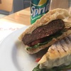 【ハンバーガー】ニューヨークでハンバーガーを食べるならRuby's cafeのBronte Burgersがおすすめ中のおすすめ!