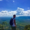 日本人男性1人旅とカンボジアタクシードライバーアートとプリアヴィヘアとベンメリア遺跡巡り