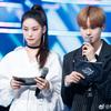 2019/02/28 Mnet Official Weibo イ・デフィ M! COUNTDOWN MC現場写真