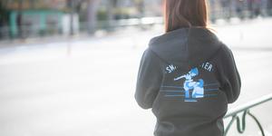我闘雲舞 里歩選手 蒼魔刀デザインパーカー 12月11日新木場大会より販売スタート
