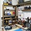 ディアウォールと有孔ボードと100均DIYで作った作業テーブルに収納棚を増設!