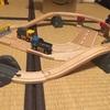 鉄道玩具デビュー。ハマるママに納得!