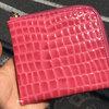 やっと気に入ったお財布が見つかりました。