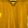 リネンのシャツを着こなす