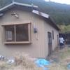 荒地の小屋に住む人募集