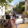 【Emily in Paris エミリー、パリへ行く】モンマルトルの丘 サクレクール寺院