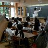 学校システムと 世界の中の日本と