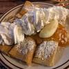 ガトリンバーグでの朝食はパンケーキで決まり。食べたのはオレンジジャムが爽やかなクレープです…