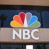 怒りの視聴者、TV局に「ロゴをゲイの色に変えるな」と苦情。でも実はそのロゴは……