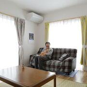 母と暮らす平屋の実家を快適な2階建へ建て替え