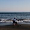 連休海岸散歩