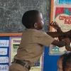 問題児こそ褒めて伸ばす!サバイバルなジャマイカの教室を変えたのは「自主性」と「認める」こと