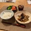 ごはん、ナスと豚肉の味噌炒め、ブロッコリーとトマト
